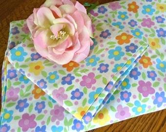 Vintage Flat Sheet & Case / Retro Flower Bedding / Colorful Flowers / Girls Bedding / Twin Flat Sheet / Vintage Flower Print Pillowcase