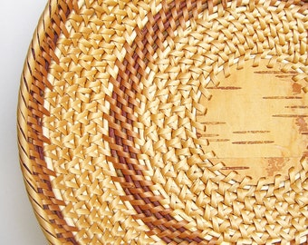 Wicker basket Hand woven wicker plate Rustic kitchen design ideas Ethnic home decor Hand woven basket Eco friendly Easter gift