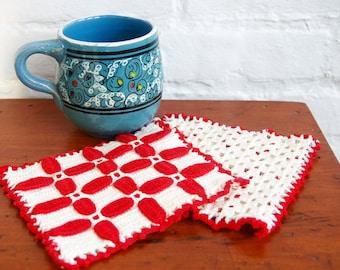 Red White Crocheted Kitchen Pot Holder Pair Vintage 1940s Handmade Cotton Trivet Hot Pads Christmas