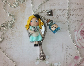 Alice in Wonderland Necklace - Fairy tale Necklace - Kawaii  - Sweet Lolita Accessories - Polymer Clay Chibi Necklace - Eat Me Drink Me