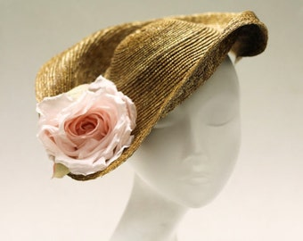 Hat For Races - Sculpted Straw Fascinator Hat w/ Sweeping Brim & Silk Rose - Wedding Hat - Ascot - The Mint Royale Hat