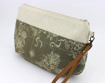 Wristlets, Anniversary Gift, Clutch Purse, Handmade Bag, Kimono Fabric, Dragons Grey