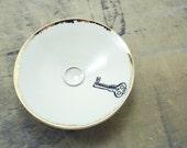 One White Key Porcelain Tiny Bowl-Key to My Heart,Gold & White, Ring Dish, Wedding Gift, Jewelry Storage