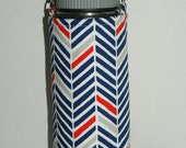 "Insulated Water Bottle Holder for 18oz Hydro Flask with Interchangeble Handle and Strap Made with ""Tri-Color Herringbone"" Fabric"