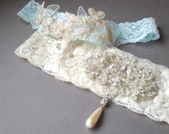 SET Ivory and Blue Bridal Lace Garters.. Elegant Golden Jeweled Rhinestones. Elongated Vintage Pearl Drop. Bridal Gift. Keepsake