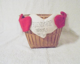 Adorable Christmas Wicker Basket Decor