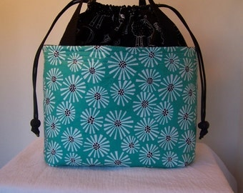 "9"" by 5"" wide and 8"" tall Insulated lunchbox, Teal Green daisy lunch cooler, drawstring top insulated,BPA Free, Food safe Lunch Cooler"