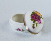 Miniature Vintage Box English Fine Bone China NEWHALL Egg Shape Engagement Ring Box Excellent Condition Great Gift