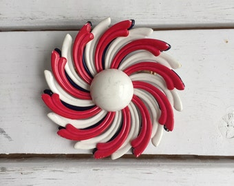 Vintage 60's Flower Pin / Red White & Blue Metal Brooch