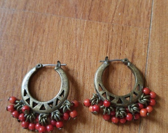 80s brass tone beaded Indian style round earrings