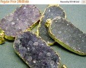 15% Valentines Day Amethyst Purple Oval Druzy Drusy Pendant with Gold Electroplated Edges - LARGE extra quality(S1B10-07)