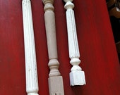 "One  26"" white, Antique Architecture Posts Spindles Chippy Paint Distressed Salvage Repurpose Farmhouse Cottage Chic"