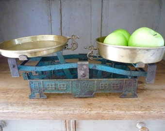 Vintage Scale Balance Scale European Kitchen Scale European Chippy Blue Country French Farmhouse