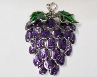 64mm*46mm*9mm, Purple Grapes Pendant, N001