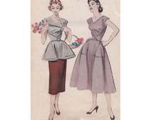 Quick and Easy Coverall Cobbler's Apron Top and Dress Butterick 6655 Vintage Sewing Pattern Triangle Pockets Size 20 Bust 38