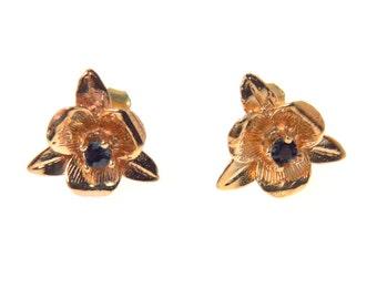 Vintage 14k Gold Flower Post Earrings Sapphire Simulant