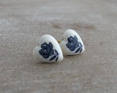 Blue and White Rose Earrings .. cottage chic earrings, small heart studs, small earrings, rose earrings, flower earrings