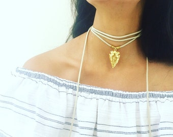 Arrow Suede Choker