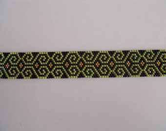 Beaded Lime green, black and gold bracelet