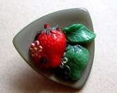 Vintage 1940's Large Strawberries Fruit and Flowers Lucite and Plastic Button Destash Sewing Supplies Vintage Buttons Assemblage Upcycle