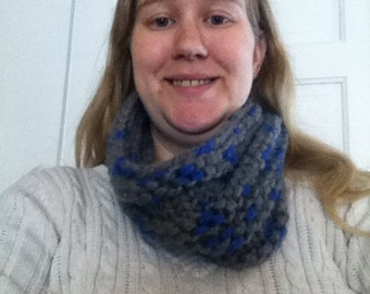Grey and blue cowl