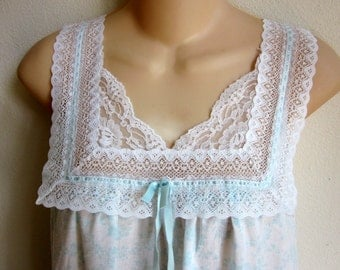 Vintage cotton nightgown cozy cool free bust style M