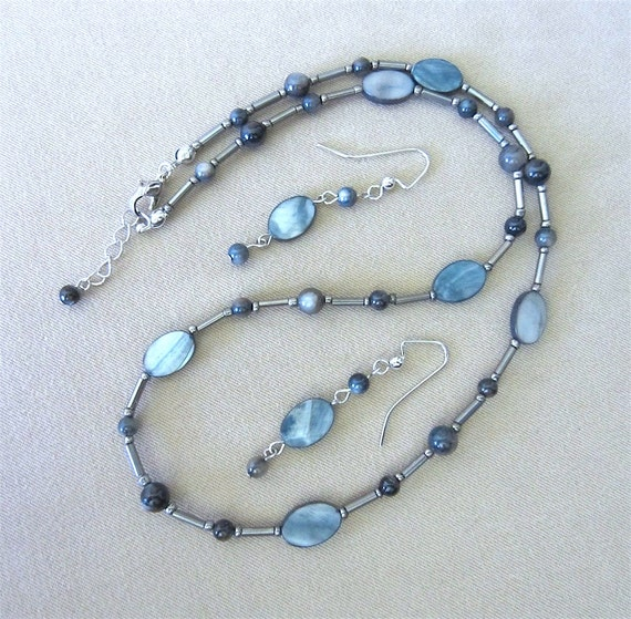 Blue/Gray Oval Shell & Tiger's Eye Beaded Necklace and Earring Set, Handmade Original Fashion Jewelry, Classic Simple Beach Style Gift Idea