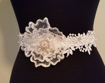 Bridal Sash- Ivory Floral Lace and Pearl Sash - Vintage Style, Classic Off White Sash