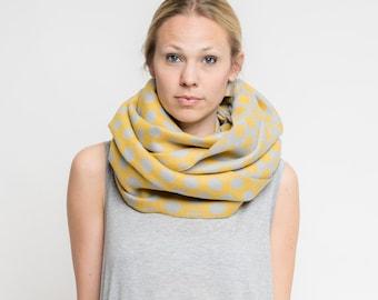merino scarf dots // senf