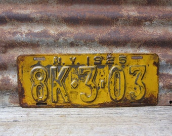 Antique License Plate  NEW YORK NY 1925 Yellow & Black Vintage License Plate Industrial Metal Sign Distressed Aged Patina Car Auto Hot Rod