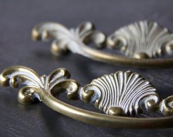 Vintage White Wash Brass Drawer Pull