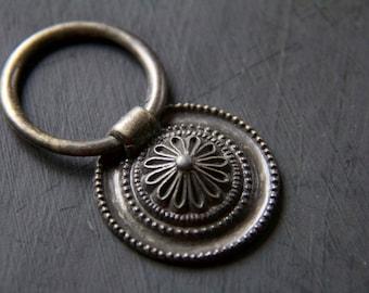 Vintage Regency Federalist Floral Ring Pull