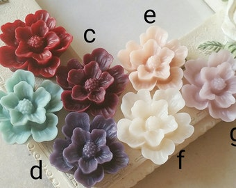 18 mm Assorted Colour Resin Flower Cabochons (.su)(zzb)