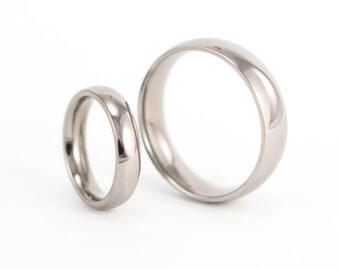 Set of two Classic Rounded Titanium Wedding Rings