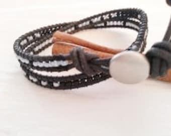 Double wrap bracelet, light blue, black, black leather