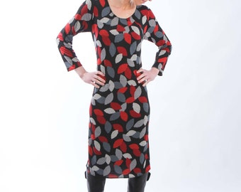 Jersey Print Dress with Long or 3/4 Sleeves made from Black Red Grey Leave like Print