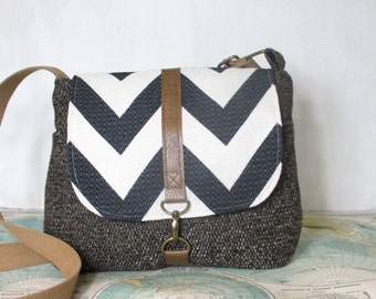 Columbia-- Crossbody messenger bag // Chevron purse // Adjustable strap // Vegan // Travel purse // Medium // Brown // Blue // Ready to ship