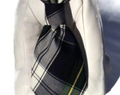 The Scholar Dog Collar and Necktie Set in Navy Tartan Plaid