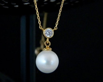 Pearl Cubic Zirconia Gold Necklace