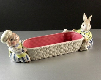 Fitz and Floyd Kitchen Cousins Cracker Basket / Harvey Hog Mrs Rabbit 1993