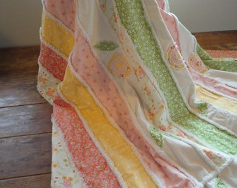 Rag Quilt - Spring Colors - Blanket - Large Throw - Handmade Quilt
