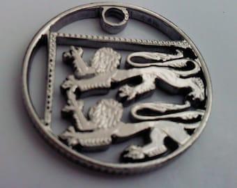 Cut coin charm. British Lions Passant Guardant. 10 british pence