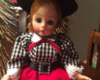 "Madame Alexander 9"" Gibson Girl doll"