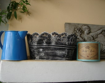 set of 3 shabby chic, painted tins,metal pot,jardinere,small watering can-spring summer garden