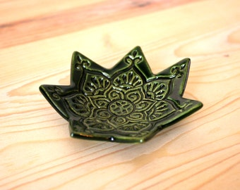 Olive Green Ring Dish - Handmade Star Trinket Dish / Ring Holder / Jewelry Bowl - Modern Bohemian Decor - Boho Dish - Made in Colorado