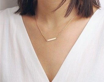 Delicate simple everyday simple bar chain necklace