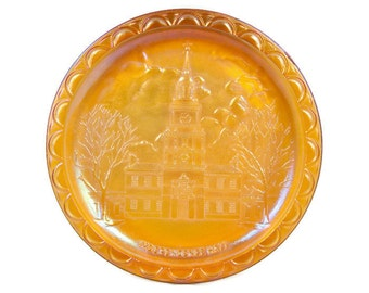 Vintage Carnival Glass Independence Hall Plate Indiana Glass Co Marigold Amber Bicentennial Commemorative