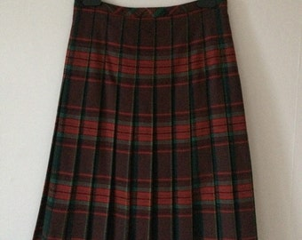 Vintage Celine below the knee tartan pleat skirt