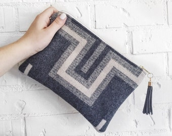 Clutch - Pendleton Wool - Casual Clutch With Tassel - Gray