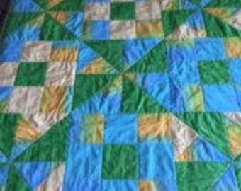 Lap Quilt, Pinwheel quilt, Yellow, green light blue